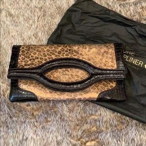 NWOT Donald Pliner Couture clutch